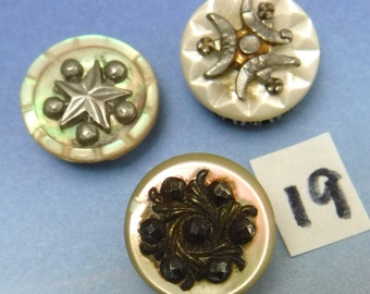Mother of Pearl Buttons 3 Vintage Buttons Antique White Shell Pearl Carved 19