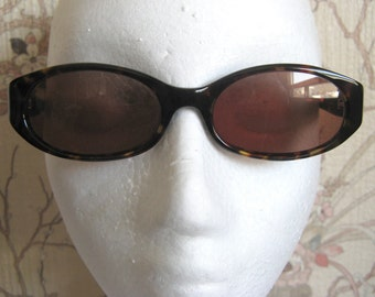 80s Tortoiseshell Sunglasses Adrienne Vittadini Designer 1980s Fashion Eyewear