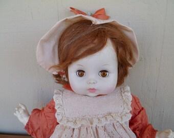 Beaufiful Horsman Sleepy Eye Collectable Doll