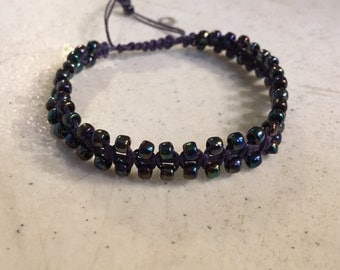 Purple Bracelet - Iridescent Seed Beads - Macrame Jewelry - Adjustable Jewellery - Fashion - Trendy - Beaded - Waxed Linen Cord