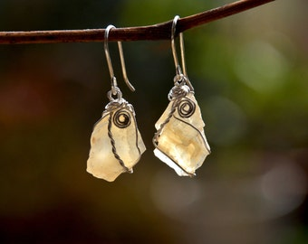 Stone Earrings. Stone Jewelry. Raw Crystal Earrings. Silver Earrings. Beige Earring. Crystal Jewelry. Natural Rough Cut Stone. Free Shipping