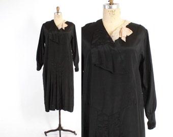 Vintage 20s DRESS / 1920s Lace Bow Trim Black Drop Waist Flapper Party Dress M