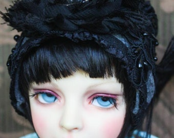 "Adorable ""It"" Style Grey Felt With Dragonfly Button Flapper Hat For Ball Jointed Dolls"