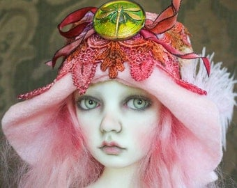 Irridescent Dragonfly Button and Hand Dyed Lace Felt Flapper Hat For Ball Jointed Dolls