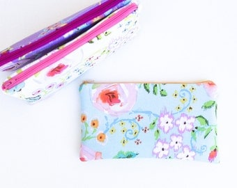 Travel Bag for Her, Personalized Travel Case, Makeup Bag, Travel Cosmetic Pouch, Zipper Pouch, Travel Gift for Her, Floral Cosmetic Bag