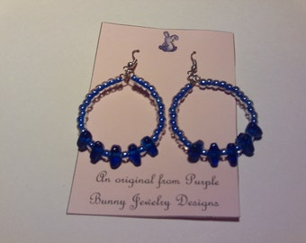 blue glass chip hoop earrings
