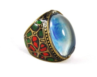Vintage Art Glass Ring Chunky Blue Color Change Glass Boho 1960s Brass Enamel Flower Power Ladies Size 7