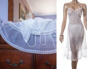Stunning 'Jexy' sheer silky soft white nylon and dainty floral design lace and pleat detail 1960's vintage full slip petticoat - PL1389