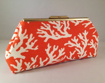 Clutch Purse -   Coral-ine