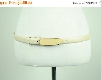 ON SALE 50% 80's 90's SKINNY White Waist Belt with Rectangle Buckle (Large)