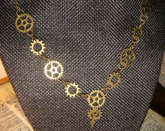 Steampunk Gear and Cog Necklace  in Antique Brass (2073)
