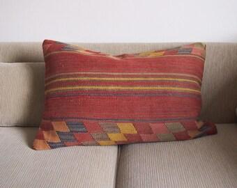 Vintage Turkish Kilim Pillow Cover, 16x24, Handwoven, Boho Pillow, Southwestern Style, Geometric Pattern, Bohemian Decorative Pillow,