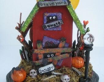 Haunted House//Haunted Asylum// Halloween House//Halloween Accents