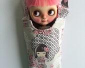 Blythe Doll Hammock - Grey Kimmi Doll