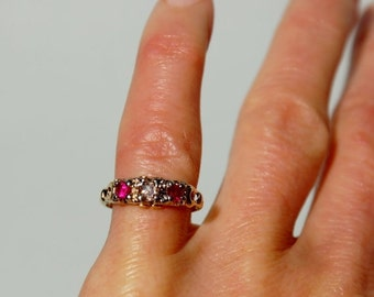 1900's  Gold, Diamond and Ruby Eternity Band