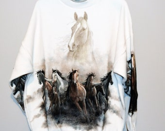 Vintage Running Horses Sweat Shirt