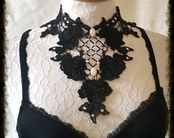 LACE COLLAR with crystals BURLESQUE  Gothic Glamour