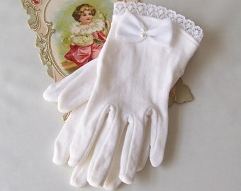 Vintage White Gloves Little Girls Fancy Gloves Unused Dress Up Flower Girl Lace Edge 1980s