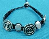 Three spirals bracelet