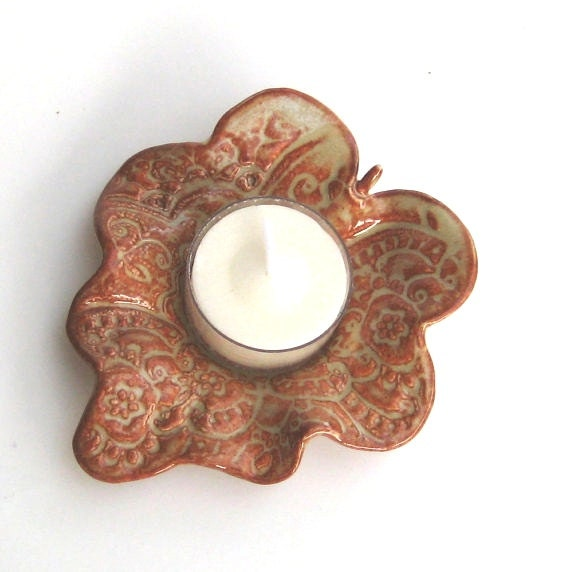 Tea Light Holder Leaf in Tan and Brown