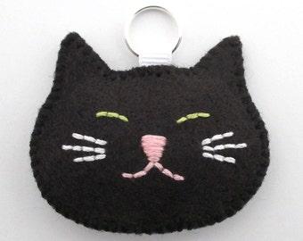 Black Cat Mini Keychain / Felt Zipper Charm