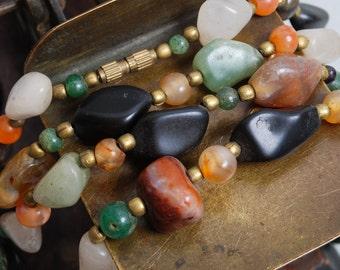 Vintage jasper beaded necklace. Gemstone