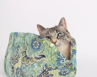 The Cat Canoe Modern Cat Bed in Mermaid Colors Turquiose Blue Green and Gold