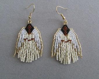 Beaded Angel oorbellen in ivoor