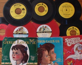 Vintage Children Phonograph Records, Peter Pan,Hans Christian Anderson,Hallmark,78 rpm,45 rpm, 33 1/3 rpm, Colorful Art Dust Covers included