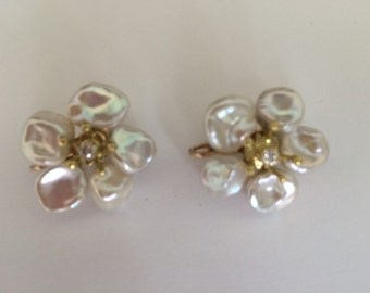 Pearl flower earring sterling silver white topaz
