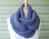 Closing SALE (RTS) / Knit Infinity Scarf (Willow), Loop, Circle -- Dark Denim (Blue)