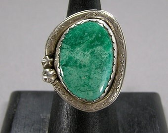 INCREDIBLE Turquoise Ring, Native American, Sterling Silver, Vintage Ethnic Jewelry, Boho, Hippie, Size 9