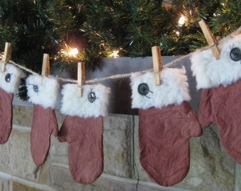 Primitive Mitten Garland - 3 Pair of Christmas Maroon Mittens - Grungy Painted Fabric - Primitive Christmas Decor - Holiday Garland