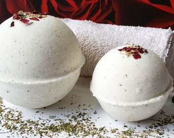 100% Natural Moringa Neroli Chamomile & Vanilla EO Blend Bath Bomb w/ Dead Sea Salt. Soothing, Relaxing, Vegan. Approx 4 oz each
