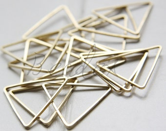 30 Pieces / Raw Brass / Brass Base / Tirangle / Ring / Link 21mm (C1972//F106A)
