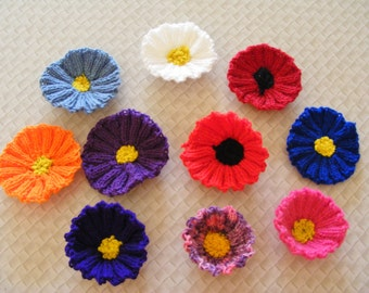 Knitted flower brooch
