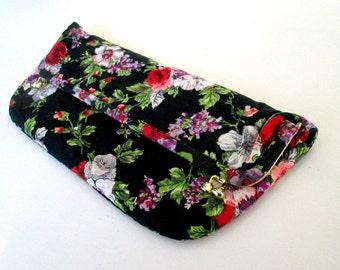 Black Floral Envelope Clutch // Vintage 1960s Fabric Purse Handbag