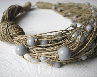 Grey raindrops - linen necklace