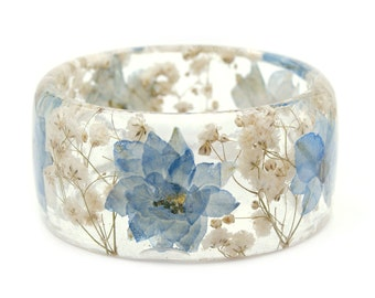 Blue Flower Bracelet -Real Dried Flower Jewelry-  Resin Bangle -White Flower Bracelet- -Blue Bracelet- -Resin Jewelry -Flower Jewelry