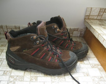 Vintage LL Bean Women's Gortex Hiking Boots Size 7.5  Made in Italy