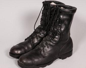 Men's COMBAT Boots Size 8 .5 R