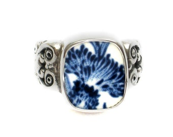 Size 8 Broken China Jewelry Royal Warwick Lochs of Scotland Blue Thistle Flower AI Sterling Ring