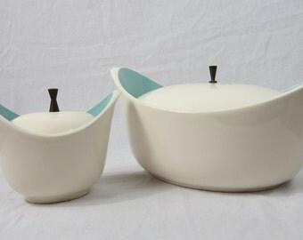 Retro 1950's  Space Age White and Turquoise Blue Ceramic Casserole Dishes Box DD