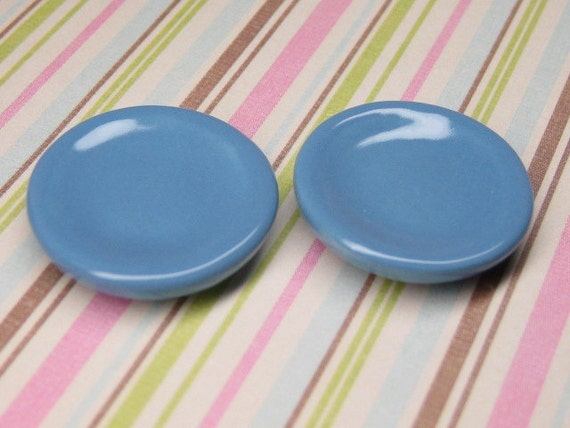 Dollhouse Miniature plates 2pcs blue 20mm cornflower kitchen dishes 1:12 scale ceramic Made in USA custom glaze colors available