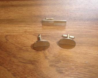 vintage cufflinks cuff links tie tac set goldtone