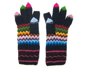 Jolly Bargello gloves for smartphone users. Size M.
