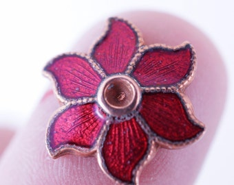 40 RED ENAMEL Flowers.  jewelry component. flower finding  N0.00176