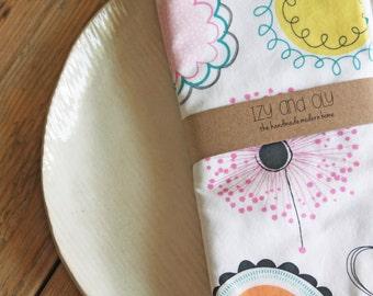 Cloth Napkins - Modern Floral - Set of 4 Reversible Cloth