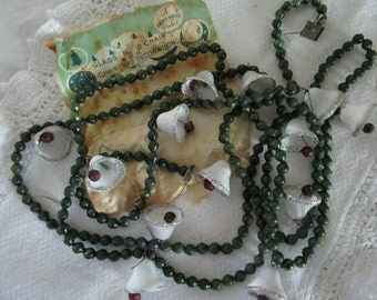 Christmas Glass Bead Garland   Green Beads And White Bells   Shiny Brite Product   New Old Stock