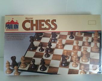 1981 Pavilion Master Chess Cardinal